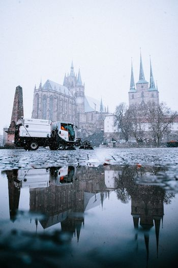 Snow Erfurt Snow Domplatz / Erfurt Reflection Built Structure Building Exterior Architecture Water Cold Temperature Winter Nature Sky Building Snow Travel Destinations City Day Waterfront Place Of Worship Religion Outdoors No People
