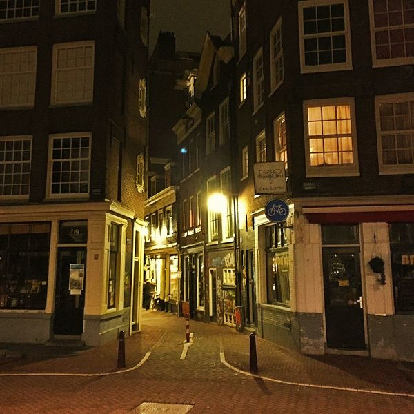 Amsterdam Amsterdamcity Architecture Beautiful Building Building Exterior City City City Life Citylife Holland Iamamsterdam Illuminated Netherlands Niederlande Night Oldtown Residential Building Street Street Light