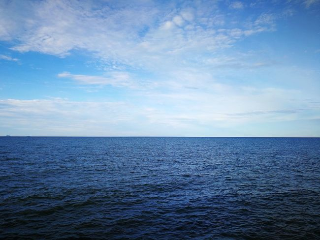 Sea Cloud - Sky Scenics Blue Rippled Tranquil Scene Horizon Over Water Water Tranquility Nature Beauty In Nature Outdoors No People Day Landscape Sky Kuala Terengganu Malaysia South China Sea Sommergefühle