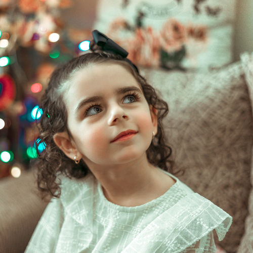Bokeh Kid Child Babe Cute Portrait Pastel Power Sweet Look Up Curly Hair Redlips Princess Young Girl Pretty Beauty