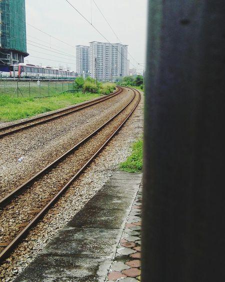 Station Platform Railway Tracks Railway Rsquare