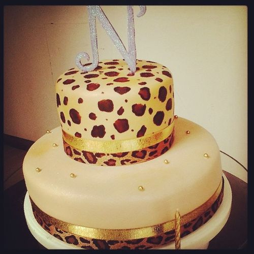 Thiss Cake <3 Leopard