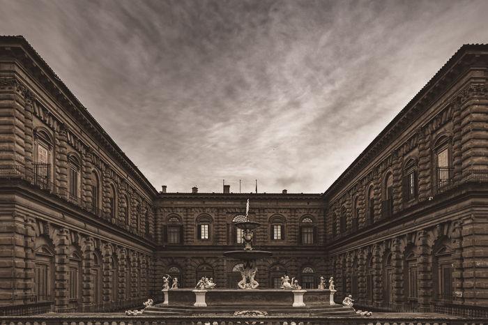 Ancient Boboli Florence Italy Architecture Building Exterior Built Structure Cloud - Sky Palazzo Pitti Reinassance Sculpture