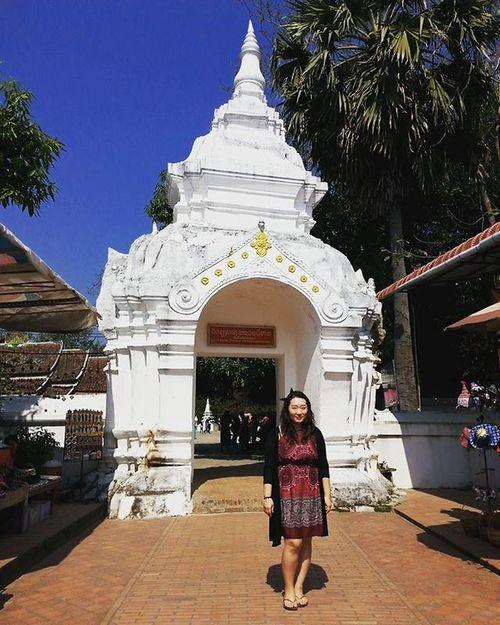 ☆ 루앙프라방의 왓 시엥 통 짠 음식으로 붓기전 마지막 모습ㅋㅋ . RAOS Luangprabang Watxiengthong 라오스 루앙프라방 왓씨엥통