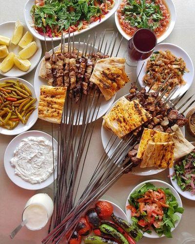 görsel şölen Yummy Adana Turkey Ciger Grill Salgam Variation Plate Directly Above Freshness Indoors  Day Close-up
