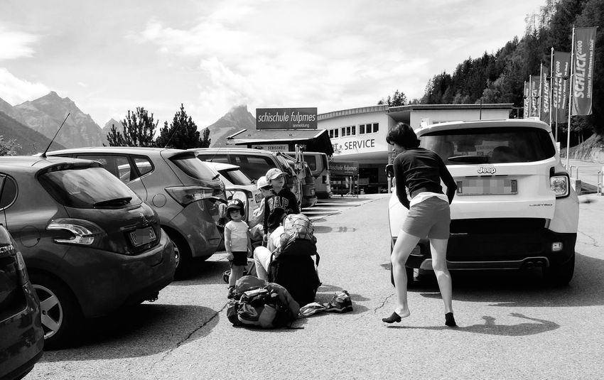 The Street Photographer - 2017 EyeEm Awards Italians in Austria Agitation HustleRandom People Street Photographer Street Photography Real People People The Essence Of Real People Streetscene