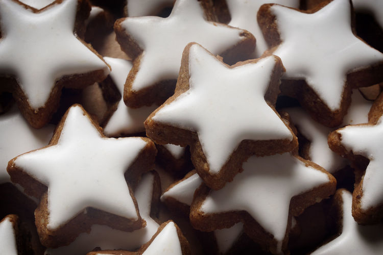 Bisquits Christmas Cinnamon Cookies Food German Indulgence Many Pile Star-shaped Stars Sweet Food Weihnachtsgebäck Zimtsterne