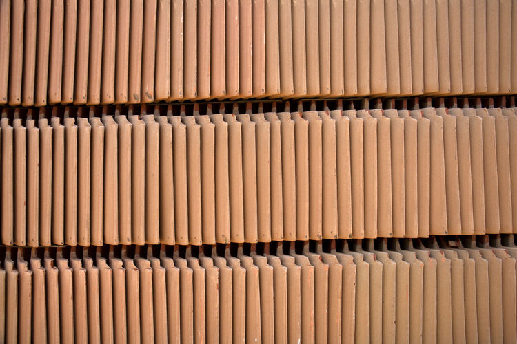 Building Material Backgrounds Full Frame In A Row No People Music Large Group Of Objects Brown Pattern Wood - Material Abstract Noise Repetition Indoors  Order Cardboard Paper Contruction Zone Material Photography Color Image