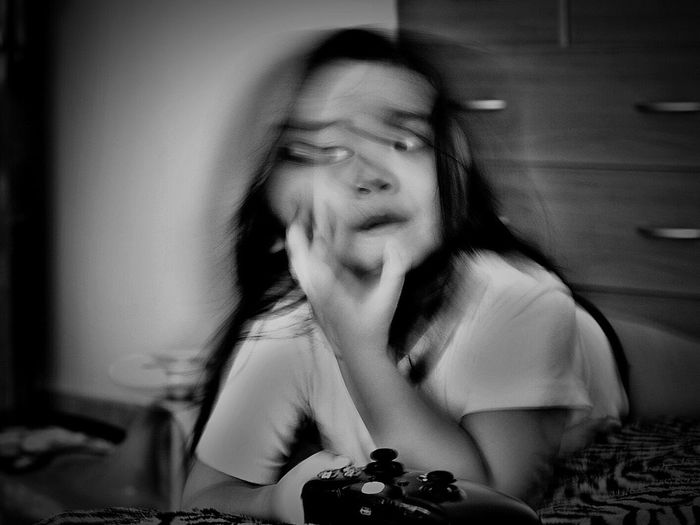 Capturing Motion Indoors  Close-up EyeEm Fujifilm Shadow And Light Photooftheday Eyeem Philippines FUJIFILM X-T1 People Fujifilm_xseries Fujifilmme Fujifilmph Imagebytawpee Telling Stories Differently Blackandwhite Photography Monochrome Blackandwhite Headshot