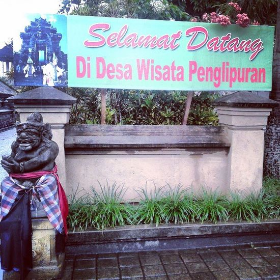 Desa Wisata Penglipuran, Bangli.. Vacation Holiday Work Balinese Traditional Cultural InstaPlace InstaPict InstaWork Instagram InstaMedia PhotoOfTheDay PhotoDaily FollowMe ForLikes Likes likeforlike Igers AndroIndonesia Andrography AndroPhone