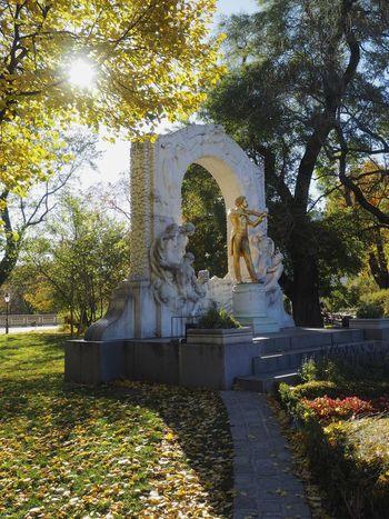 Art Art And Craft Fall Fall Colors Johann Strauss Park Scultpure Stadtpark Wien Statue Tourism Travel Destinations Vienna
