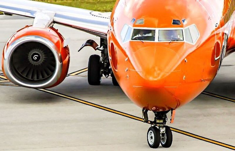 Mango Airlines Boeing 737-800 Outdoors Airport Runway No People Tire Close-up Sports Track Day Plane Aviation Southafrica Like Followme First Eyeem Photo