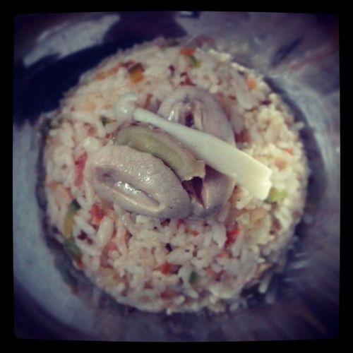 Fried rice with little abalone 今天其實很累,其實真的很不喜歡吵架 ..所以我真的甯願一個人呆著..