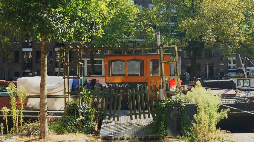 Houseboat Houseboats Gallery Houseboating Houseboats In Amsterdam Exterior Built Structure Home Sweet Home Interesting Places Residential  One With Nature Garden_world EyeEm Gallery EyeEm