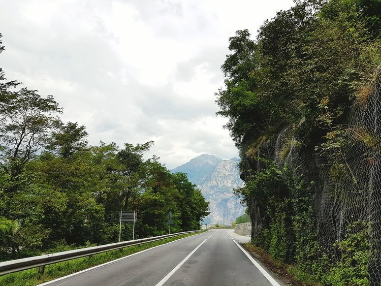 Highway Motoway Streetphotography Cabrioview Hello World Hanging Out Taking Photos Check This Out Italy❤️ First Eyem Photo Enjoying Life Mountainrange Samsung Galaxy S7 Fresh On Eyeem  First Eyeem Photo Samsungphotography No People Italy🇮🇹 Outdoors Comer See Lago Di Como, Italy Lago Di Como Nature