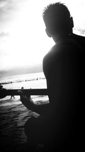 a man who plays music & sings openly is the one to keep⚓ Hawaiian Men Love♡ Na Mele Polynesian Men