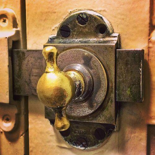 IPhone5 ProCamera 8 Snapseed | old Lock