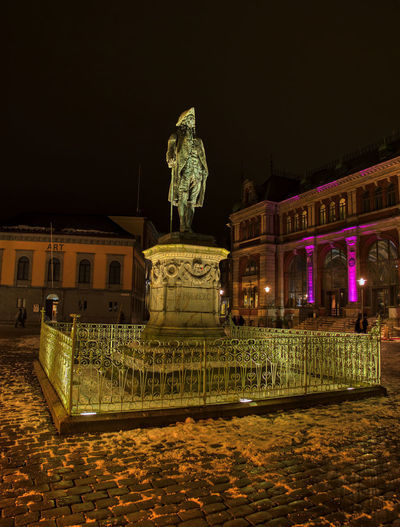 Night statue Night Architecture Illuminated Built Structure Building Exterior Statue Sculpture Representation Art And Craft Travel Destinations The Past History Human Representation Nature No People Sky Tourism Creativity City Building Outdoors