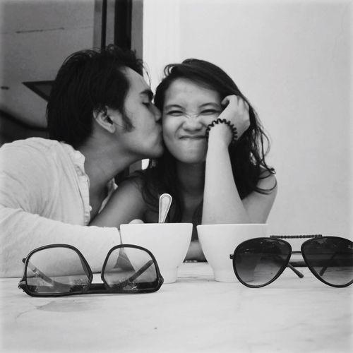 Kisses People