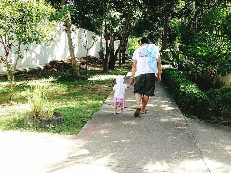 ลูกสาวกับคุณพ่อ ^^