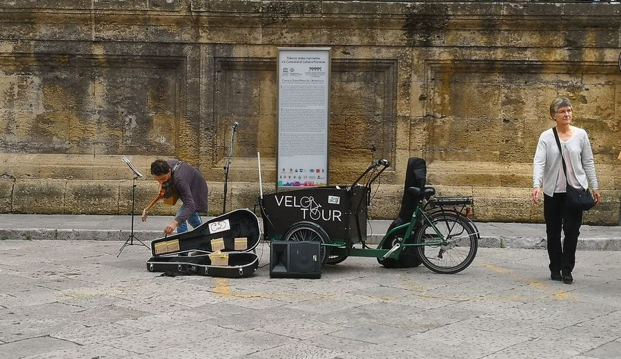 Men City Bicycle Standing Full Length Bicycle Rack