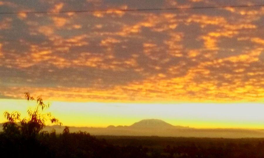 Calientesky Riseandshine PNW Sun Oregon Sunrise_Collection Mt. St. Helens