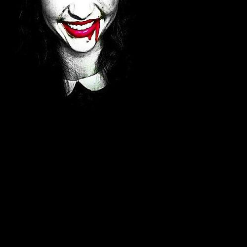 Looking forward on Halloween👻😏 Whpalterego Redlips Fakeblood Darkness Dark Face Mouth Red Black Blood Me Psycho 😅 Instagood