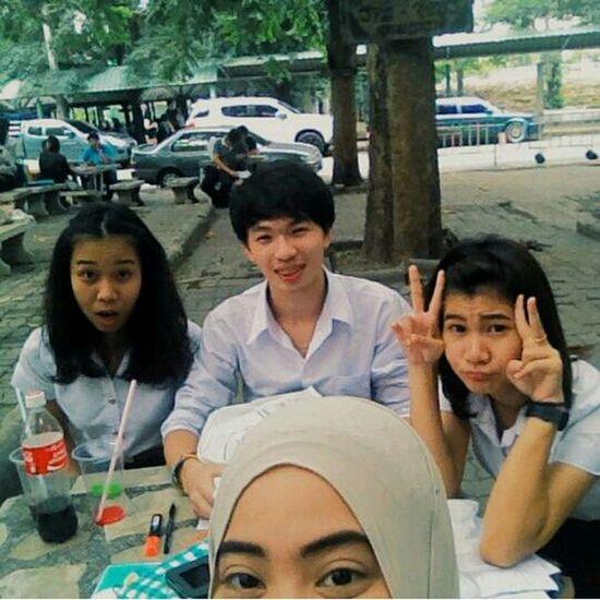 Taking Photos Salfie Friends ❤ Final Exam ??