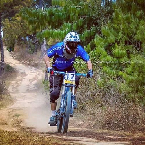 The speed chasers Elyak Downhill Bikinginnepal Bike Cycling Crosscountry