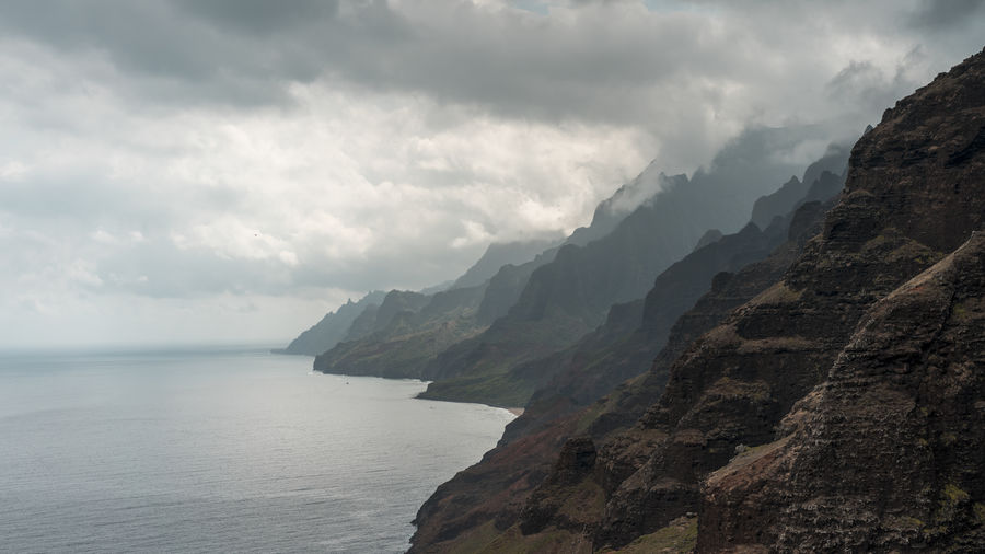 Nā Pali Coast State Park Island Garden Aerial Photography Aerial View Hawaii Hiking Adventure Travel Waves, Ocean, Nature Summer Tropical Seascape Ocean Beach Water Mountain Sea Beach Fog Sky Horizon Over Water Cloud - Sky Storm Cloud Rocky Mountains Countryside Weather Overcast Foggy The Great Outdoors - 2018 EyeEm Awards