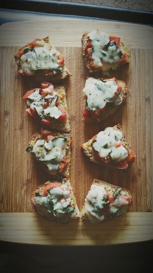Heirloom caprese bites 🍞🍅 Warning: they're dangerously delicious, don't eat them all in one bite!! (Cuz you're gonna wanna) 😉 Don't Forget To Share Food Porn Heirloom Tomato It's An Addiction Carbs Ftw Rare Get In My Tummy