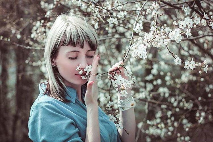 блондинка беларусь Природа фото портрет весна девушка Belarus Nature Girl Spring Photo Portrait Flowers Follow Beutiful