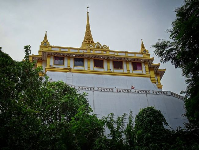 Budhism Budha Temple Gold Gold Colored Green Color Green White Color White Old Town Old House Golden Moment Golden Mount Temple Golden Mount, Thailand City King - Royal Person Royalty Place Of Worship Gold Religion Politics And Government Tree Pagoda Sky Palace Past Visiting Castle History Historic