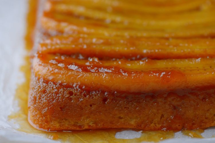 Banana upside down cake Banana Caramel Banana Foster Brown Sugar Baking Caramel Sauce Cake Butter Banana Cake Food Food And Drink Freshness Ready-to-eat Still Life Close-up Indoors  Indulgence Baked Sweet Food Dessert Sweet Selective Focus