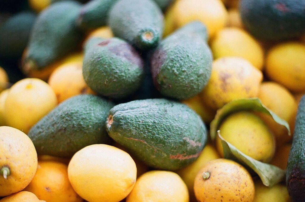 Heap of lemons at market