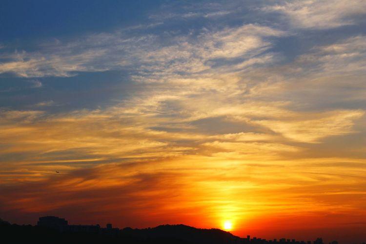 Sunlight Sundown Cloud - Sky Afterglow Sunsetglow The Evening Glow Afterlight