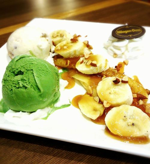 Häagen-DazsYammy♡ Icecreamtime Rum Raisin Green Tea Ice Cream Banana Caramel Crape Sweet Relax❤️ Thailand Wooden Top