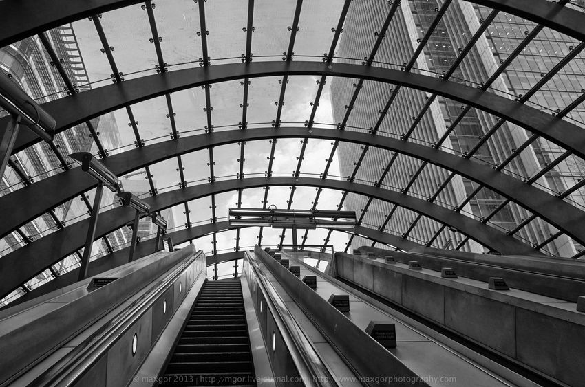 Architectural Feature Architecture Black & White Blackandwhite Blackandwhite Photography Built Structure Canarywharf Ceiling Design Engineering Grid Indoors  London Maxgor Maxgor.com Metal Metallic Modern Monochrome Pattern Repetition Structure
