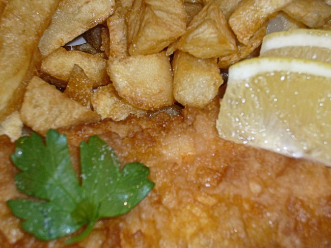 Battered Cod Chips Close Up Close-up Composition Fish Fish And Chips Fishandchips Food Food And Drink Freshness Indulgence Lemon Meal No People Parsley Plate Ready-to-eat Temptation