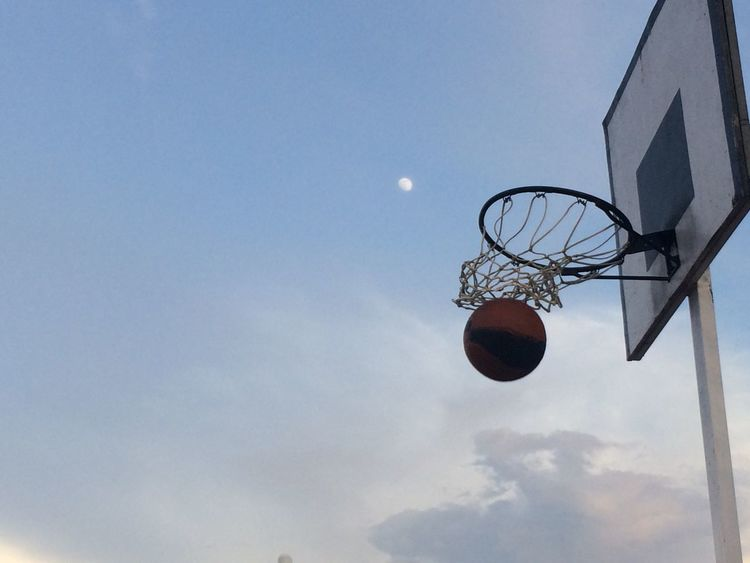 Basketball Moon Hoop Net NBA Basket Sports Sports Photography Sports Magazine India EyeEm Best Shots