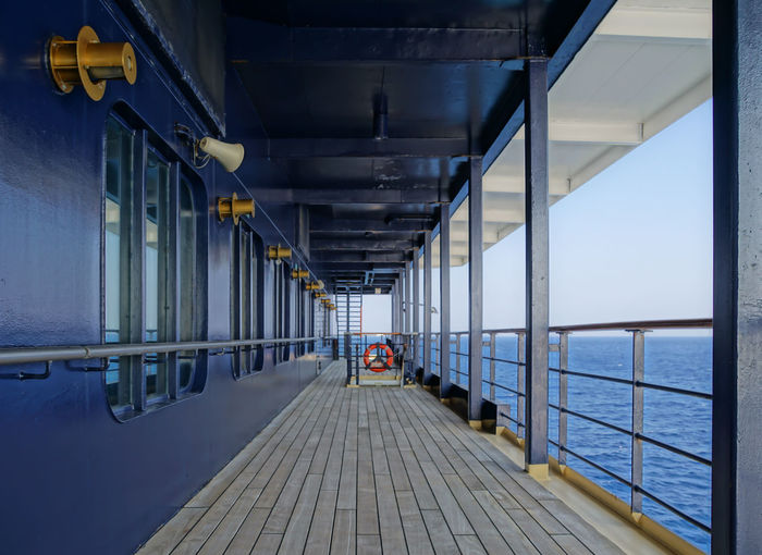 Architecture Cruise Ship Cruising Day Deck Holiday Horizontal Kreuzfahrtschiff Nautical Vessel No People Ocen  Outdoors Railing Schiffsdeck Traveling Water