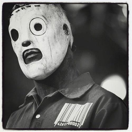 Corey Taylor. ?❤ Slipknot Corey Music Band awesome epic love black white stage