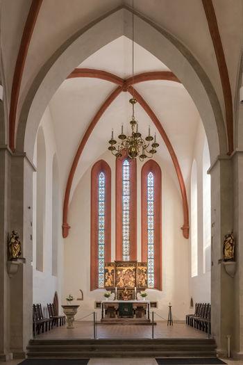 Altar Deutschland Elisabethenkapelle Fenster Grimma Kirche Sonnenlicht Architektur Historisches Gebäude Innen Keine Menschen Religion Sachsen