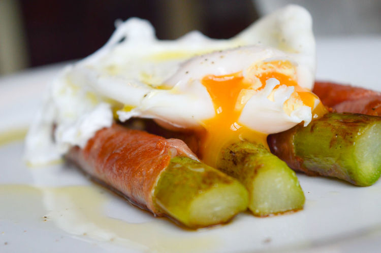 Asparagus Bacon Close-up Day Egg Yolk Food Food And Drink Freshness Fried Egg Gooey Yolk Indoors  No People Plate Poached Ready-to-eat Yolk