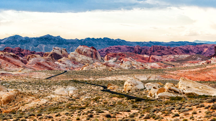 Road towards valley of fire