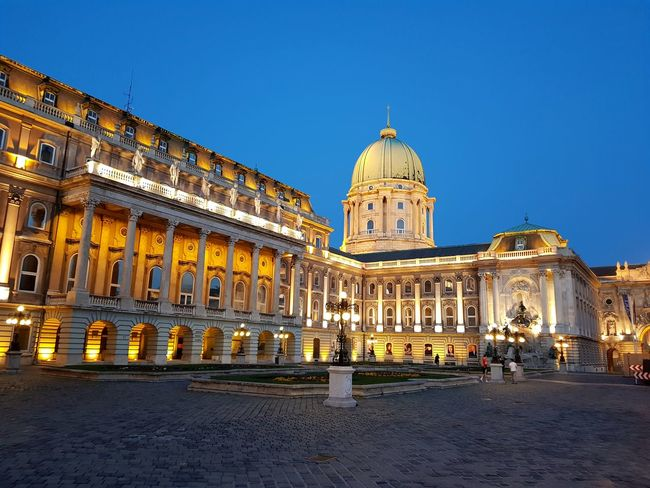 Politics And Government City Clear Sky King - Royal Person Dome Government History Illuminated Blue Sky Palace Town Square Place Of Interest Museum Cathedral Statue Pavilion Town Hall Old Town