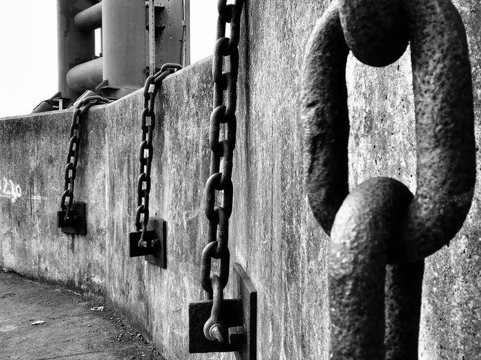Chains Concrete Brutalism Black & White Docks Black And White