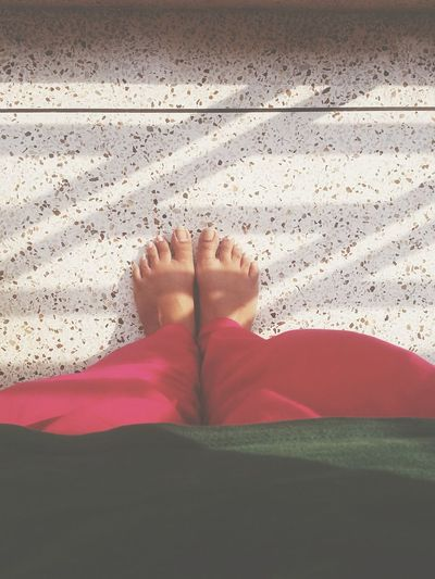 Look at my bare feet in dis sunny but rainy weather! No Fear No Care Tannedskin Egyptian Feet My Feet Open Edit EyeEm Best Shots Soft1