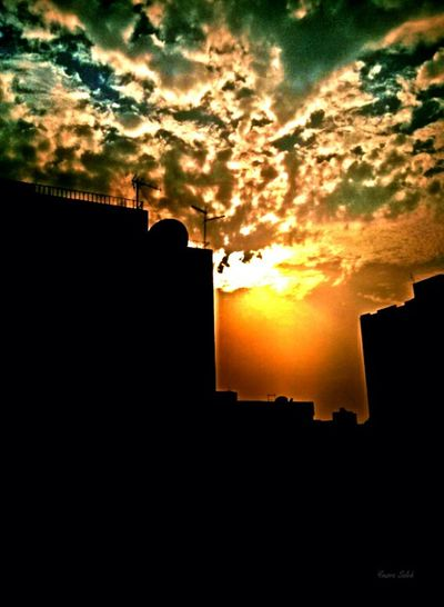Edited Photo Filtered Image Buildings & Sky Built Structure Building View From The Window... Sun Light Sunny Day Sunlight Sun_collection Cloud - Sky Cloudy Clouds And Sky Clouds Sky_ Collection Sky_collection Skylovers Sky And Clouds Dramatic Sky Orange Sky Orange Color Taking Photos Mobile Photography Smartphone Photography Love To Take Photos ❤