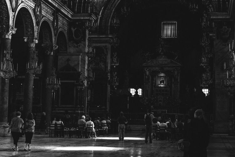 Shadows in a Cathedral. Rome, Italy. Architecture Black And White Photography Blackandwhite Built Structure Cathedral Catholic Church Check This Out Exceptional Photographs EyeEm Best Edits EyeEm Best Shots EyeEm Gallery EyeEmBestPics First Eyeem Photo Italy Place Of Worship Religion Rome Spirituality Week On Eyeem